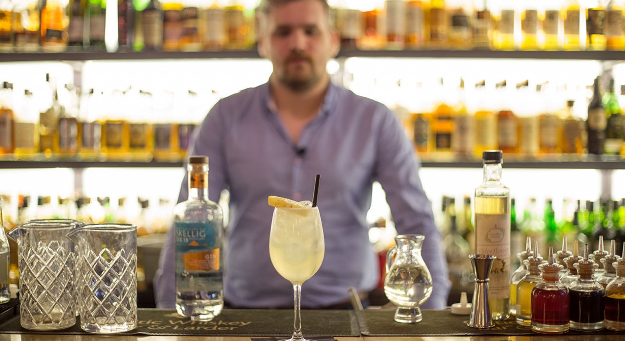 Bartender's Favourite Cocktail — The Kate Crowley Collins